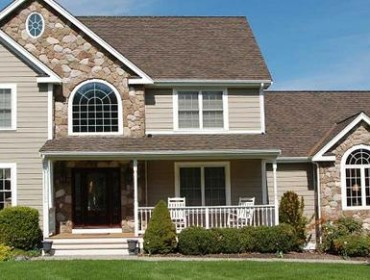 Create Curb Appeal with the Stone Accents