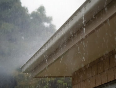 How to Keep Your Gutters Clean and Yourself Safe